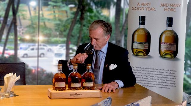Glenrothes Global Brand Ambassador Ronnie Cox at Tatsu Intercontinental