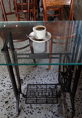 Leaf & Co. Cafe Jalan Sultan Mingle Hostel