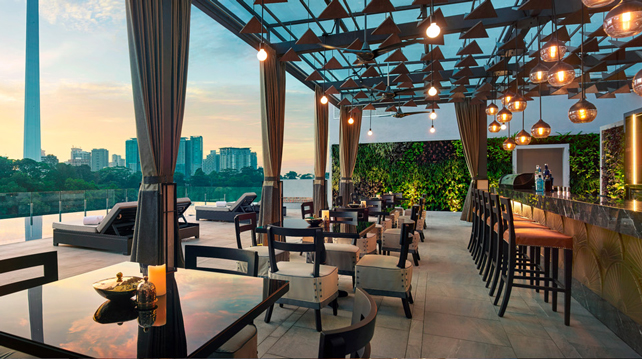 Man Tao Rooftop Bar hotel Stripes KL