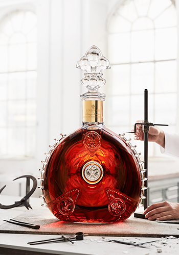 LXIII Salmanazar the biggest decanter int he world