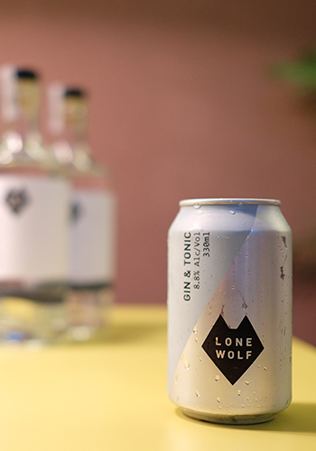 Lone Wolf Can G&T