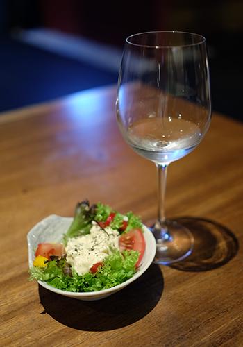 Junmai Daiginjo Blue x Salad